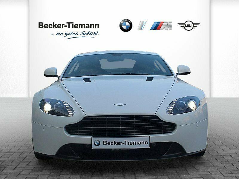 Aston Martin V8 Vantage - Image 3