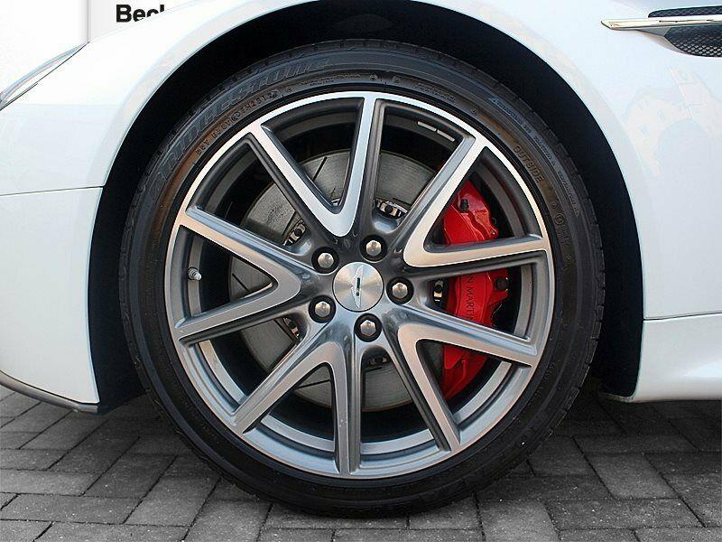 Aston Martin V8 Vantage - Image 5
