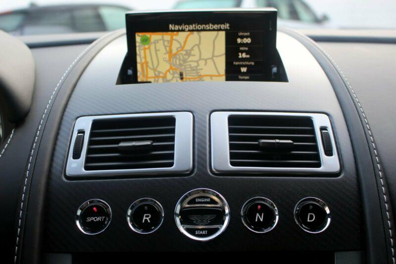 Aston Martin V8 Vantage - Image 7